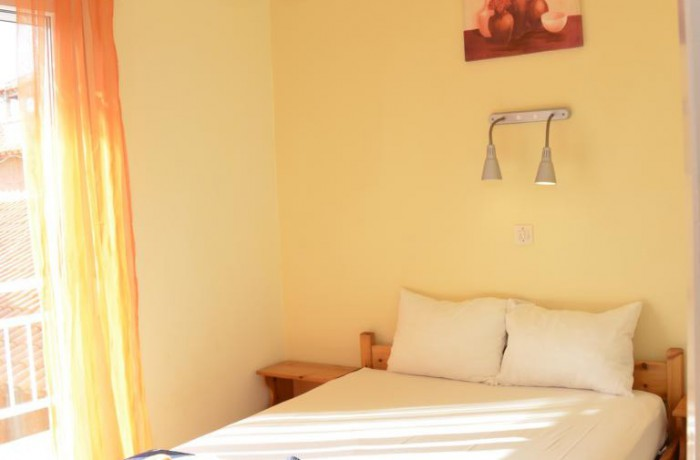 Big sunny rooms