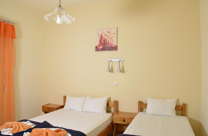 Double room single beds